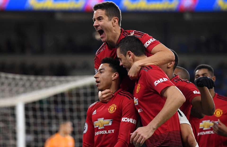Bermain Menyerang Adalah Pertahanan Manchester United